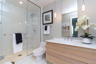 Photo 22: 516 68 SONGHEES Road in VICTORIA: VW Songhees Condo Apartment for sale (Victoria West)  : MLS®# 404439