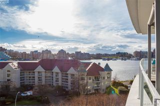 Photo 2: 516 68 SONGHEES Road in VICTORIA: VW Songhees Condo Apartment for sale (Victoria West)  : MLS®# 404439