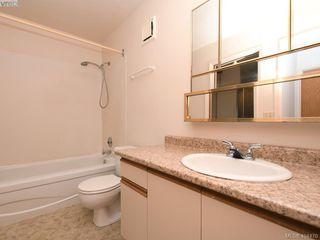 Photo 12: 704 770 Cormorant Street in VICTORIA: Vi Downtown Condo Apartment for sale (Victoria)  : MLS®# 404470