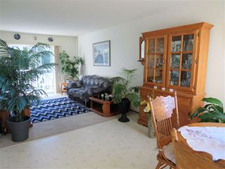 "Photo 5: 218 45669 MCINTOSH Drive in Chilliwack: Chilliwack W Young-Well Condo for sale in ""McIntosh Village"" : MLS®# R2331709"