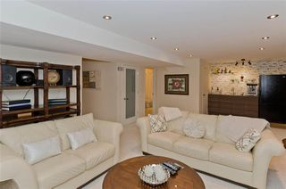 Photo 16: 47 ROCKYWOOD Park NW in Calgary: Rocky Ridge Detached for sale : MLS®# C4223661