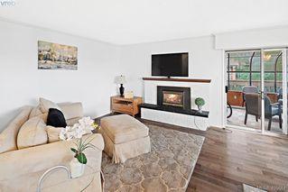 Main Photo: 16 933 Admirals Road in VICTORIA: Es Esquimalt Townhouse for sale (Esquimalt)  : MLS®# 405664