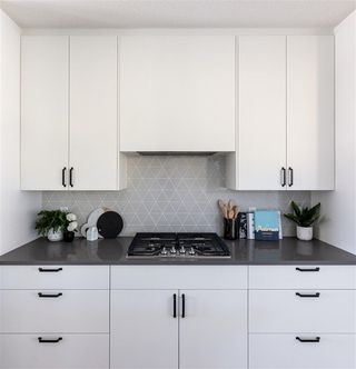 Photo 7: 11320 127 Street in Edmonton: Zone 07 House for sale : MLS®# E4144690