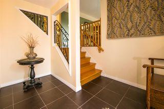 Photo 2: 3515 113 Street in Edmonton: Zone 16 House for sale : MLS®# E4149882