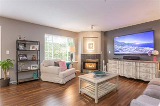 """Photo 3: 25 12268 189A Street in Pitt Meadows: Central Meadows Townhouse for sale in """"MEADOW LANE ESTATES"""" : MLS®# R2355712"""