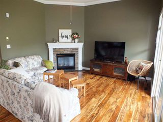 "Photo 7: 65577 MOUNTAIN ASH Drive in Hope: Hope Kawkawa Lake House for sale in ""KETTLE VALLEY STATION"" : MLS®# R2360597"