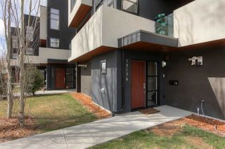 Photo 2: 10176 143 Street in Edmonton: Zone 21 Townhouse for sale : MLS®# E4153497