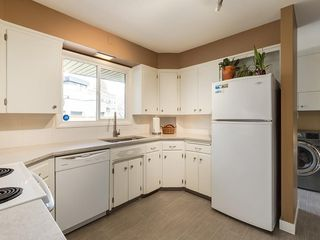 Photo 10: 808 47 Avenue SW in Calgary: Britannia Detached for sale : MLS®# C4237675