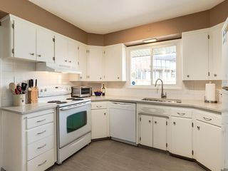 Photo 9: 808 47 Avenue SW in Calgary: Britannia Detached for sale : MLS®# C4237675