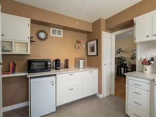 Photo 11: 808 47 Avenue SW in Calgary: Britannia Detached for sale : MLS®# C4237675