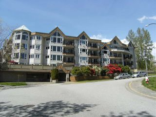 Main Photo: 107 11595 FRASER Street in Maple Ridge: East Central Condo for sale : MLS®# R2363900
