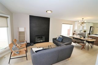 Photo 3: 10431 14 Avenue in Edmonton: Zone 16 House for sale : MLS®# E4156872