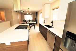 Photo 8: 10431 14 Avenue in Edmonton: Zone 16 House for sale : MLS®# E4156872