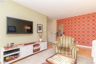 Photo 5: 202 853 Selkirk Avenue in VICTORIA: Es Kinsmen Park Condo Apartment for sale (Esquimalt)  : MLS®# 410847