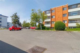 Photo 20: 202 853 Selkirk Avenue in VICTORIA: Es Kinsmen Park Condo Apartment for sale (Esquimalt)  : MLS®# 410847