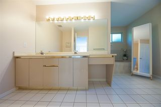 Photo 13: 2975 EAST LAKE Gate in Coquitlam: Coquitlam East House for sale : MLS®# R2371814