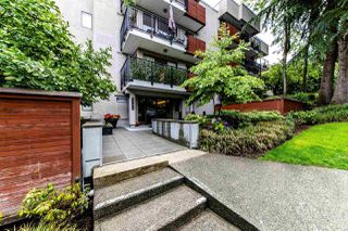 "Main Photo: 302 2142 CAROLINA Street in Vancouver: Mount Pleasant VE Condo for sale in ""WOOD DALE"" (Vancouver East)  : MLS®# R2377929"