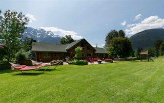 Main Photo: 1527 FRASER Road: Pemberton House for sale : MLS®# R2383812