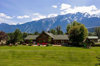 Photo 16: 1527 FRASER Road: Pemberton House for sale : MLS®# R2383812