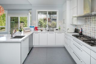 "Photo 5: 3531 JOHNSON Avenue in Richmond: Terra Nova House for sale in ""Terra Nova"" : MLS®# R2387955"