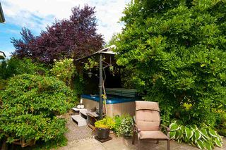 Photo 16: 21867 RIVER Road in Maple Ridge: West Central House for sale : MLS®# R2389328