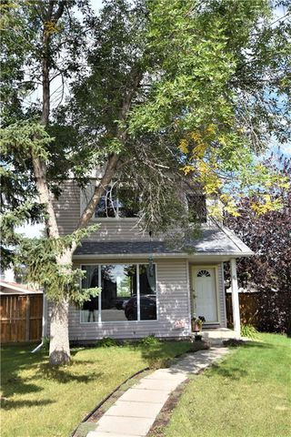 Photo 1: 68 RIVERBROOK Place SE in Calgary: Riverbend Detached for sale : MLS®# C4264987