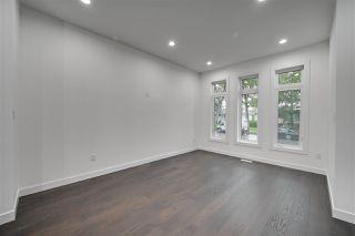 Photo 9: 8503 84 Avenue in Edmonton: Zone 18 House for sale : MLS®# E4172012