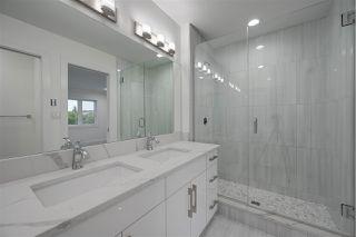 Photo 16: 8503 84 Avenue in Edmonton: Zone 18 House for sale : MLS®# E4172012