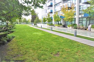 "Photo 13: 526 1777 W 7TH Avenue in Vancouver: Fairview VW Condo for sale in ""KITS360"" (Vancouver West)  : MLS®# R2407024"