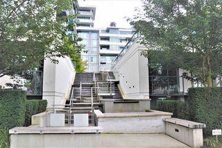 "Photo 16: 526 1777 W 7TH Avenue in Vancouver: Fairview VW Condo for sale in ""KITS360"" (Vancouver West)  : MLS®# R2407024"