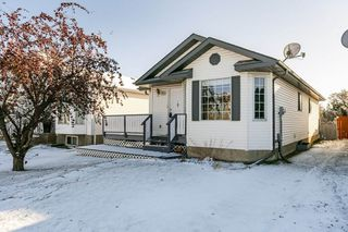 Main Photo: 759 Johns Road in Edmonton: Zone 29 House for sale : MLS®# E4179617