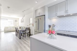 """Photo 12: 45 15775 MOUNTAIN VIEW Drive in Surrey: Grandview Surrey Townhouse for sale in """"GRANDVIEW"""" (South Surrey White Rock)  : MLS®# R2438203"""
