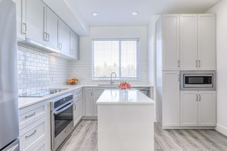 """Photo 14: 45 15775 MOUNTAIN VIEW Drive in Surrey: Grandview Surrey Townhouse for sale in """"GRANDVIEW"""" (South Surrey White Rock)  : MLS®# R2438203"""