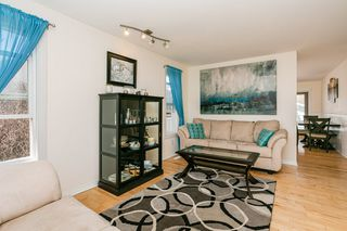Photo 5: 36 ASPENGLEN Place: Spruce Grove House for sale : MLS®# E4196373