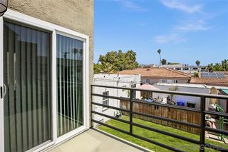 Photo 22: PACIFIC BEACH Townhome for sale : 3 bedrooms : 935 Beryl St #2 in San Diego