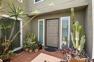 Photo 2: PACIFIC BEACH Townhome for sale : 3 bedrooms : 935 Beryl St #2 in San Diego