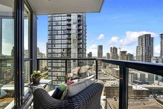 "Photo 5: 2008 1155 SEYMOUR Street in Vancouver: Downtown VW Condo for sale in ""Brava"" (Vancouver West)  : MLS®# R2461148"