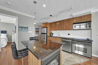 "Photo 12: 2008 1155 SEYMOUR Street in Vancouver: Downtown VW Condo for sale in ""Brava"" (Vancouver West)  : MLS®# R2461148"