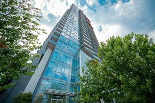 Main Photo: 1605 4688 KINGSWAY in Burnaby: Metrotown Condo for sale (Burnaby South)  : MLS®# R2483982