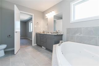 Photo 15: 64 Prairie Spring Bay in Winnipeg: Waterford Green Residential for sale (4L)  : MLS®# 202019458