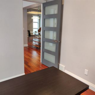 Photo 3: 9535 92 Street in Edmonton: Zone 18 House for sale : MLS®# E4219953