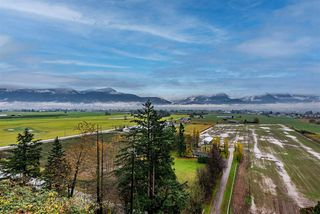 Photo 19: 47170 LATIMER Road in Chilliwack: Little Mountain House for sale : MLS®# R2518842