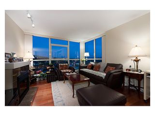 """Photo 2: 2003 2225 HOLDOM Avenue in Burnaby: Central BN Condo for sale in """"LEGACY TOWERS"""" (Burnaby North)  : MLS®# V910266"""