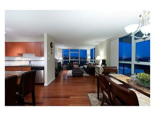 """Photo 1: 2003 2225 HOLDOM Avenue in Burnaby: Central BN Condo for sale in """"LEGACY TOWERS"""" (Burnaby North)  : MLS®# V910266"""