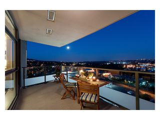 """Photo 5: 2003 2225 HOLDOM Avenue in Burnaby: Central BN Condo for sale in """"LEGACY TOWERS"""" (Burnaby North)  : MLS®# V910266"""