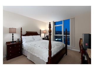 """Photo 8: 2003 2225 HOLDOM Avenue in Burnaby: Central BN Condo for sale in """"LEGACY TOWERS"""" (Burnaby North)  : MLS®# V910266"""