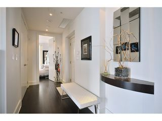 Photo 3: # 1802 1280 RICHARDS ST in Vancouver: Yaletown Condo for sale (Vancouver West)  : MLS®# V1014823