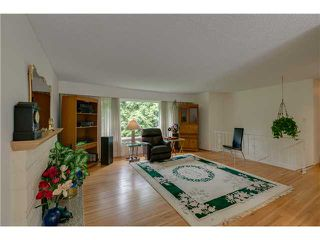 Photo 8: 3058 DRYDEN WY in North Vancouver: Lynn Valley House for sale : MLS®# V1015482