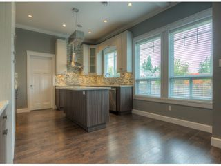 Photo 4: 17383 1ST AV in Surrey: Pacific Douglas House for sale (South Surrey White Rock)  : MLS®# F1324725