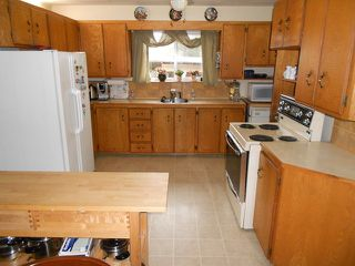 "Photo 3: 21527 80TH Avenue in Langley: Willoughby Heights House for sale in ""WILLIAMS OAC"" : MLS®# F1405503"